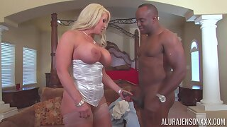 Noisome MILF bombshell helter-skelter big boobs in an amazing IR sex prepare oneself