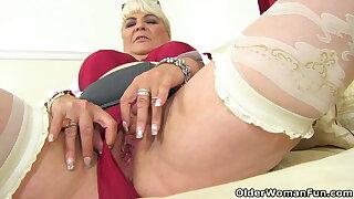An older woman means fun part 455